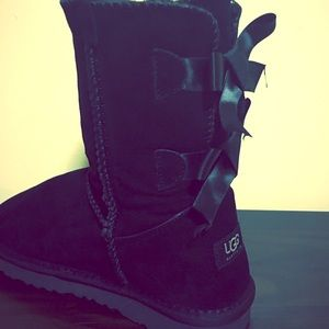 These are warm winter uggs boots